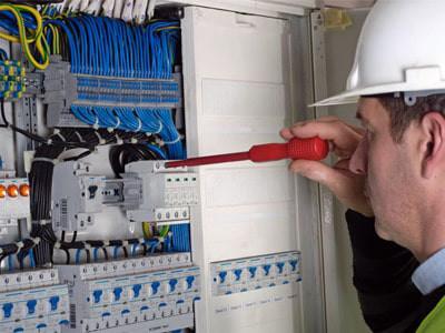 تابلو برق | خط رنگ الکترواستاتیک | طراحی تابلو برق | تولید تابلو برق | مونتاژ تابلو برق | انواع تابلو برق | تابلو برق صنعتی