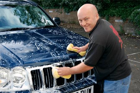 روش های متفاوت برای تمیز نگاهداشتن اتومبیل